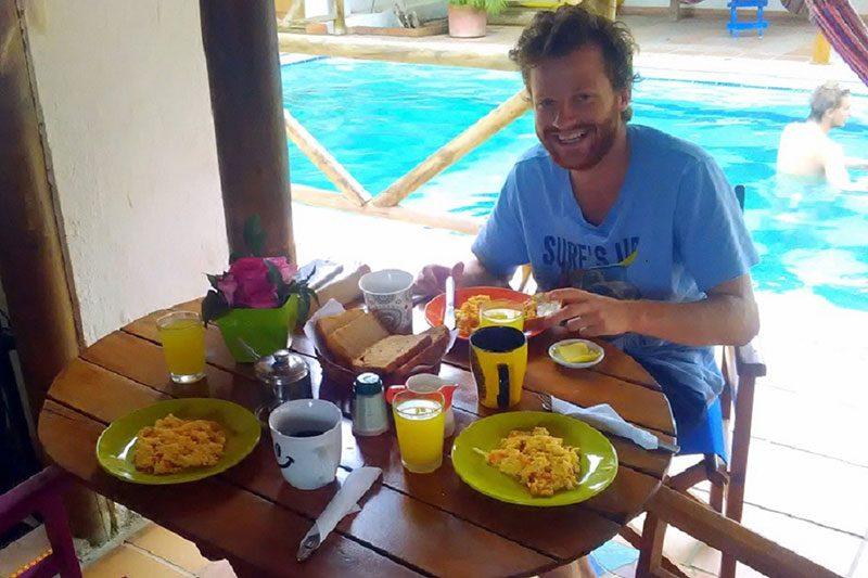 Nuestros clientes felices en desayunos divanga